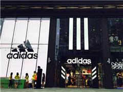 世界杯成转折点?Nike疯狂反扑、adidas或将遭遇业绩打击