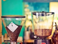 """星巴克、瑞幸、连咖啡外卖""""三国杀"""" 三者模式有何差异?"""