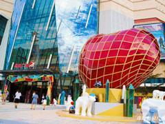 珠海奥园广场聚客秘诀:27%珠海首店、文化空间、心动美陈…