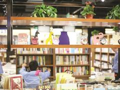 """上海购物中心""""书店+""""到底能玩出多少花样?"""