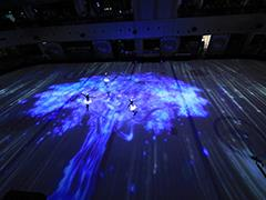 一场冰面3D光影秀开启益田假日广场十周年庆典活动