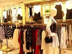 """2018年服装企业并购投资""""回归主业"""" 更多的海外品牌成为""""猎物"""""""