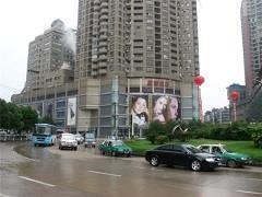 大南门|非核心商圈 如何主导中高端客群争夺战?