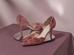 百丽国际控股轻奢女鞋品牌73Hours 后者保持品牌独立运营
