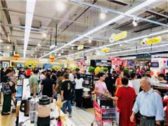 苏宁易购大润发门店单天开业36家 销售同比增长630%