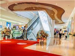南京新街口中央商场北区升级完成 一楼引进鹿角巷近期开业