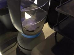海底捞上市之际筹建秘密餐厅 从备餐到传菜都由机器人完成