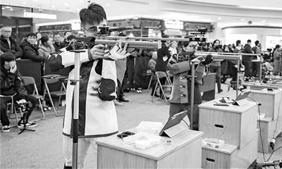 """海宁银泰城创新引进射击比赛 """"体育比赛+商场""""渐成趋势!"""