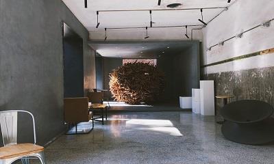 澡堂空间 旧情怀与工业风碰撞出的艺术空间