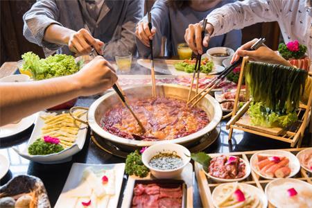 十一黄金周全国零售和餐饮企业实现销售额1.52万亿元 同比增长8.5%