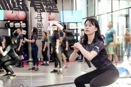 安踏+Keep、彪马+超级猩猩...运动品牌与健身品牌能实现1+1>2吗?