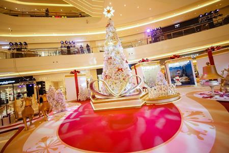 2017年vs2019年 上海10大购物中心圣诞美陈对比图来了