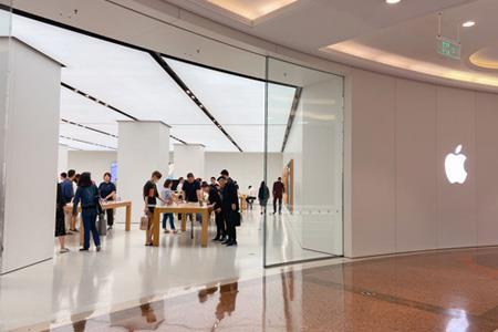 华为、三星等4大手机品牌旗舰店齐聚上海 渠道竞争矩阵初显