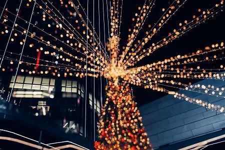 2019深圳购物中心圣诞美陈图集上篇|乐园、小镇等场景齐上阵