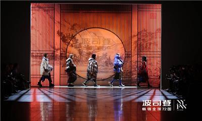 """被誉为""""国货之光"""",这些中国潮牌如何走向国际舞台?"""