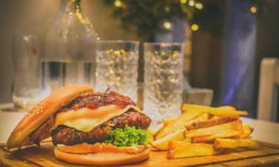 速食巨头春节出击:麦当劳、肯德基有哪些新举措?