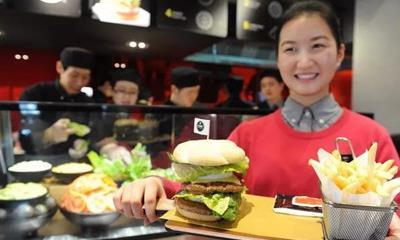 """肯德基、麦当劳和德克士推进""""去快餐化"""" 哪家摸索最有看点?"""