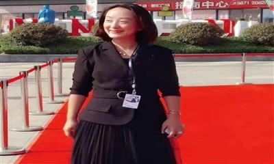 """三八节特别访谈:感受郑州商业背后的""""她""""力量"""
