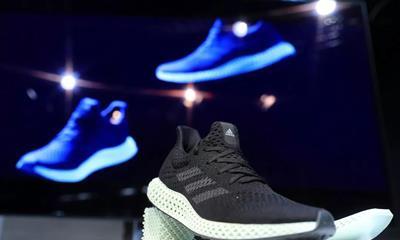 """""""立新战略""""即将到期 adidas进行最后冲刺"""
