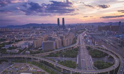 下半场的高质量较量!41个148万方云南商业集中开业