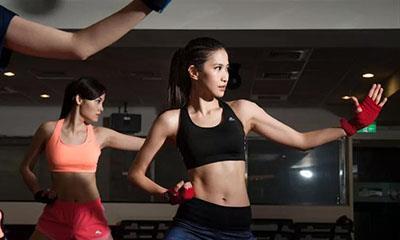 """女性健身风潮兴起 女性运动服将成为""""金矿"""""""