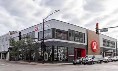 Lululemon开出全球最大旗舰店,主打健身课程+轻食餐厅