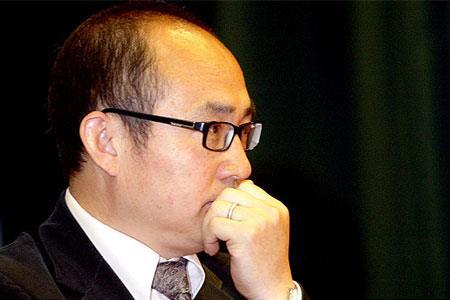 """潘石屹""""包租公""""生意难做 SOHO中国上半年净利润大跌48.36%"""