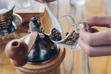 OYO酒店卖咖啡 真的想从星巴克、瑞幸那里分一杯羹吗?