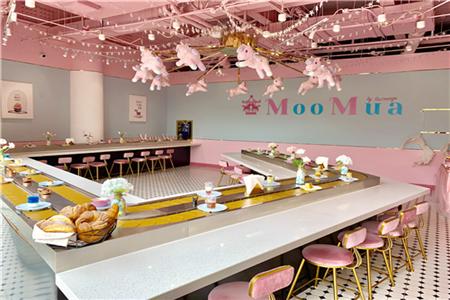 谁说回转餐厅只属于寿司?风靡日本的回转甜品放题来北京了