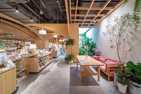 """十点读书第二家店来了 在2000 m²的大店建""""公园""""!"""