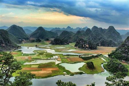 文山商业总体量为55.1万㎡  县级商业未来成长空间较大