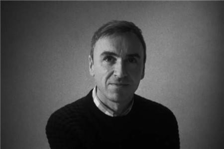 传Raf Simons加入Prada集团 担任Miu Miu创意总监