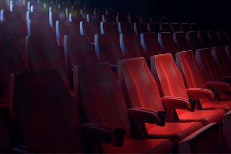 万达电影终止发行可转换公司债券 规模不超过38.15亿元