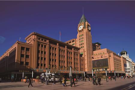 王府井进军青岛 春天广场将变身城市奥莱