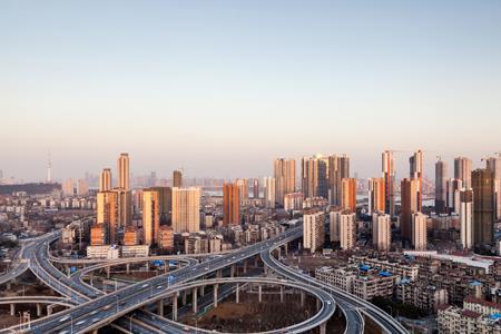 武汉2天延迟16宗地块出让 总起价达288亿元
