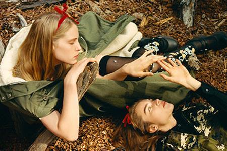 传Raf Simons将加入Prada 时尚界为热衷八卦?
