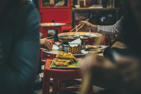 四个餐企的自救:各种办法都在试、不哭穷不要补贴