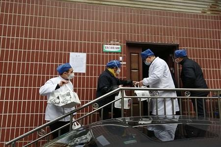 共抗疫情 喜茶为武汉协和医院医护人员送去元宵爱心餐食