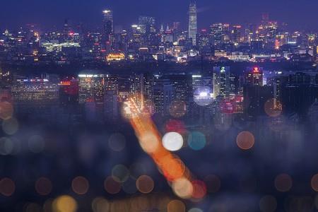 观山湖区76亿元云签约4个项目 广大城投确定落地