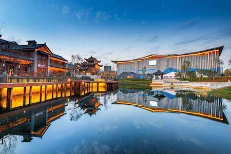 融创中国2019年业绩:净资产大幅提升,文旅城收入28.5亿
