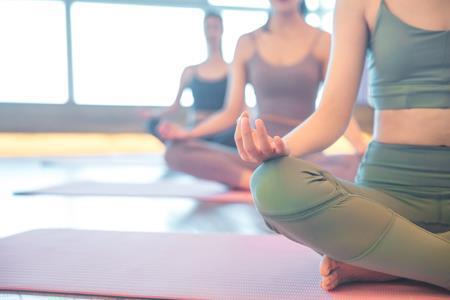 Lululemon靠瑜伽裤撑起300亿美元市值,耐克遇上对手了?