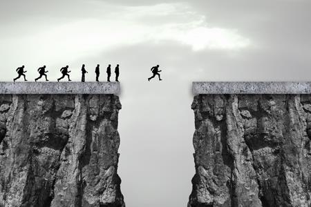 """德州奥莱股权再现变更 老股东刘荣华与四川信托""""进退""""往事"""
