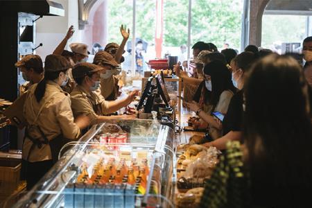 原麦山丘拓展商超市场 否认关店收缩传闻
