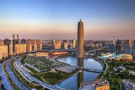"""荒草丛生,至遍地繁华,郑东有怎样的""""商业江湖""""?"""