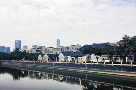 万科拟为广州黄埔文冲旧改项目提供8亿元全额担保