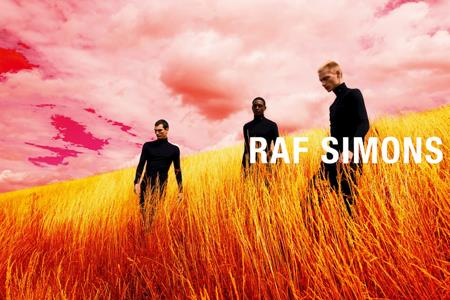 Raf Simons将为个人同名品牌推出首个女装系列