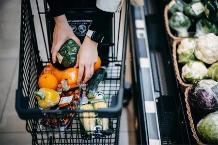 超市上市企业2020上半年业绩:永辉紧追高鑫零售、多个企业线上业绩亮眼
