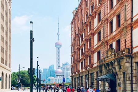 实探南京路步行街东拓街区:网红店、老字号齐聚 公共设施已升级