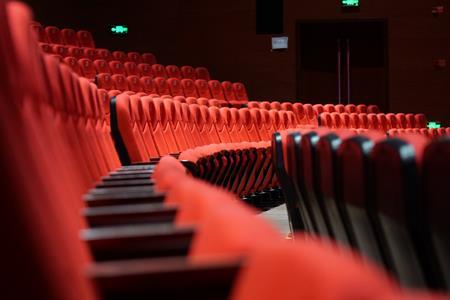 2020中国电影市场年度盘点报告:中国为全球第一票房市场