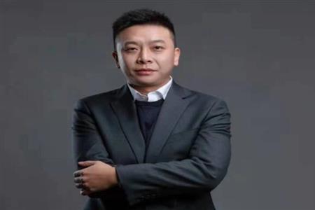 江东商业孔令凯:强筑底层基础 定制周边精准出击